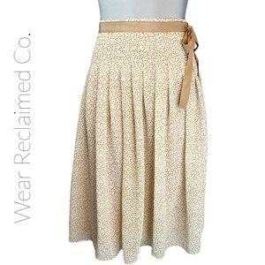 BANANA REPUBLIC Chiffon Full Lined Skirt